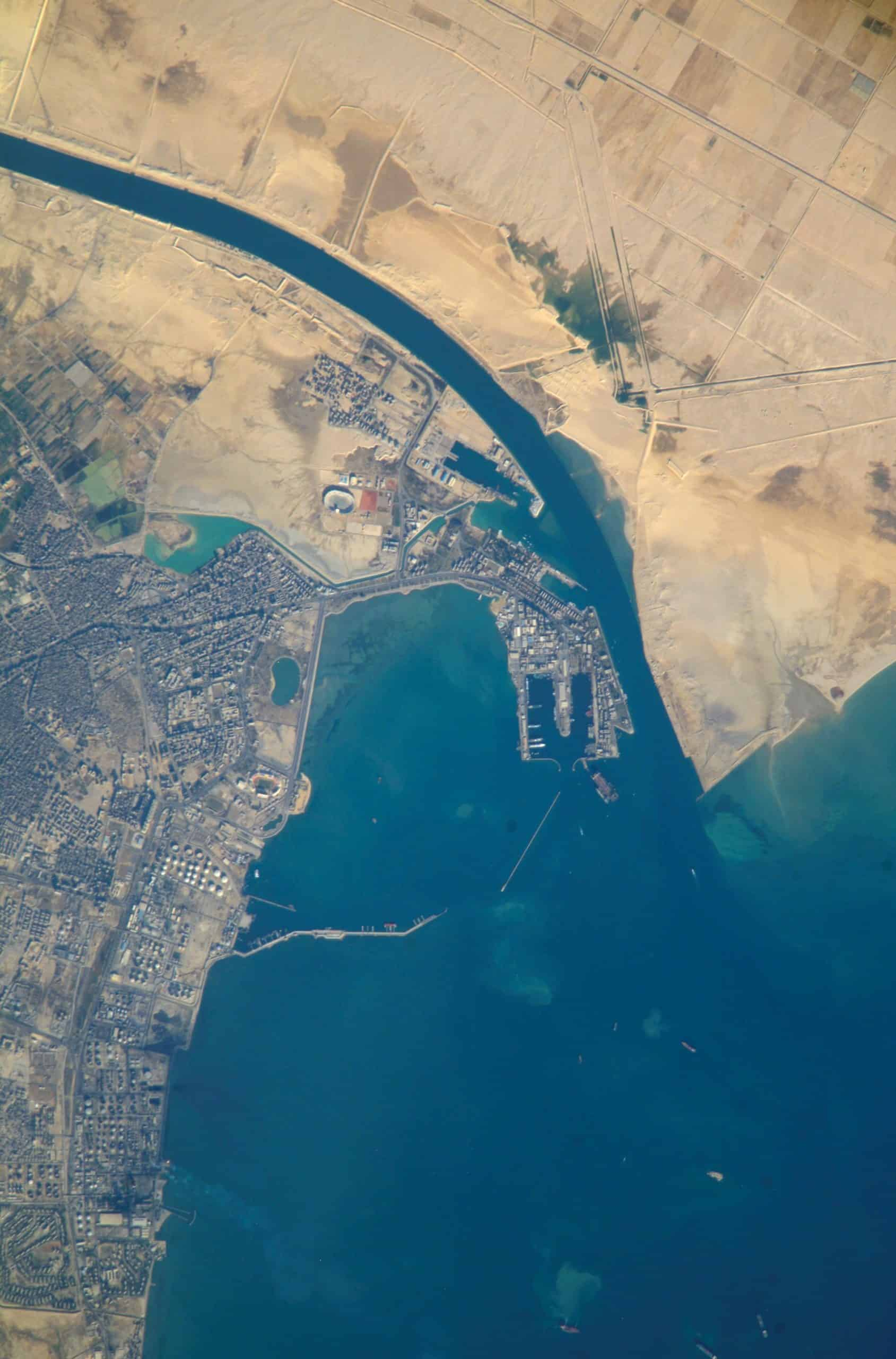 suez canal : Facts about Africa in Hindi